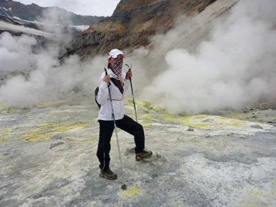 Ковбои в кратере мутновки
