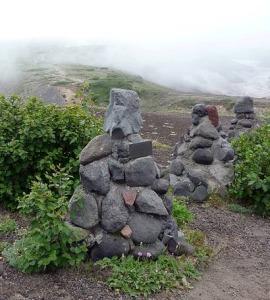 Памятники на Авачинском